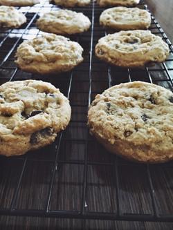 PB Oat Chocolate Chip Cookies