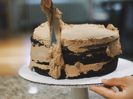 ASB Basics: 5 Best Cake Decorating Tips for Success