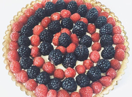 Fresh Berry Tart with Lemon Mascarpone Cream and a Shortbread Crust
