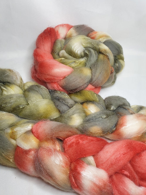 Merino/ Tussah silk roving, wool top, 100 g, BLOOMING CACTUS