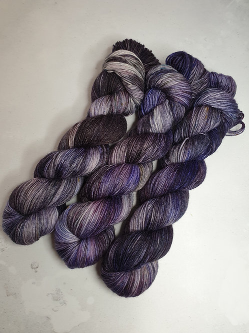 SW Merino Nylon yarn, 4-ply, Fingering weight, 100 g, STORMY