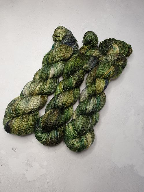BFL silk lace weight yarn, 100 g, CHASING THE FERN