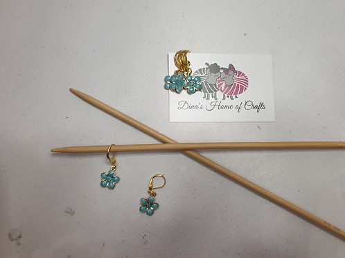 Knitting stitch markers, set of 4, BLUE FLOWERS