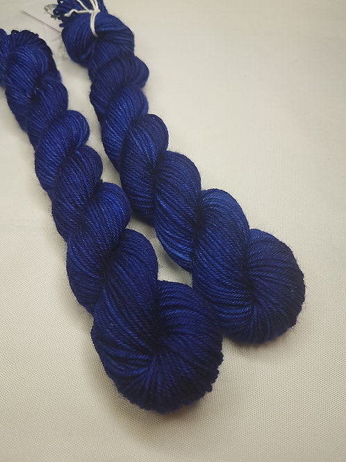 SW Merino/ Nylon, fingering weight yarn, MINI #086, 20 g