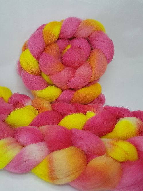 Jacob roving, wool top, 100 G, HOT HIBISCUS