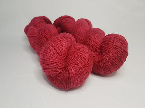 Highland wool yarn, 4-ply, Fingering weight, 100 g, OXBLOOD