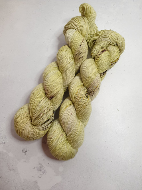 SW Merino Nylon yarn, 4-ply, Fingering weight, 100 g, RHUBARB CRUMBLE