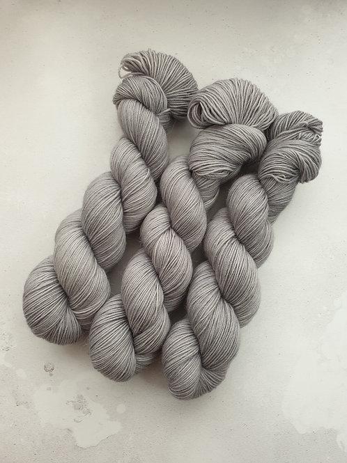 SW Merino Alpaca Nylon yarn, fingering weight, 100g, SILVER CLOUD