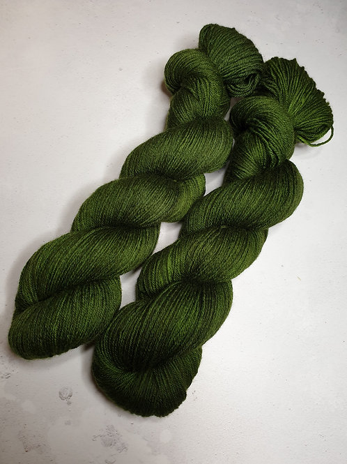 Merino/ Baby Camel yarn, 4-ply, fingering , MOSS GREEN