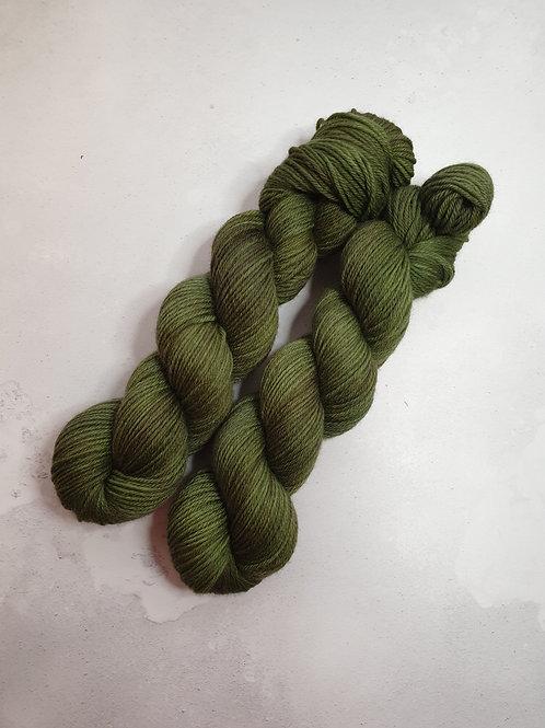 Corriedale DK weight yarn, 100 g, MOSS