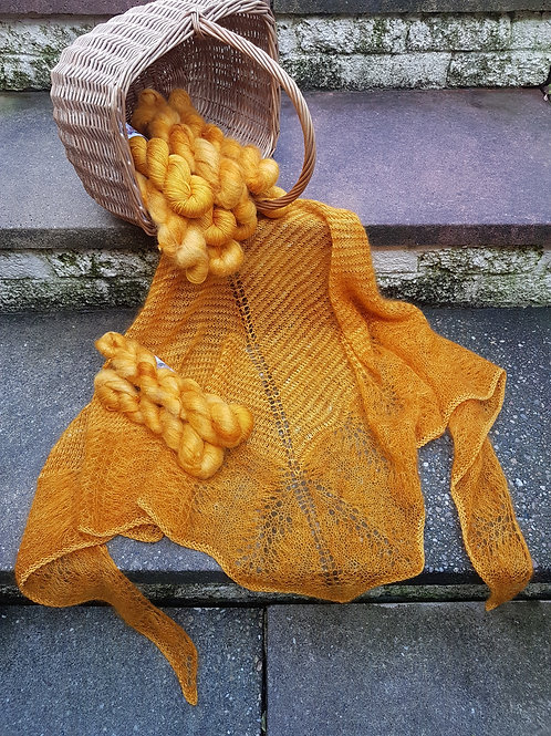HEART OF THE GOLD SHAWL, knitting kit, pattern and yarn kit