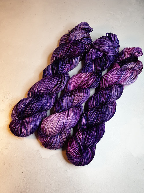 SW Merino Nylon, DK weight, 100 g, PURPLE VELVET