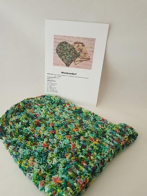 WEEKENDER, Crochet slouchy beanie pattern, hard copy