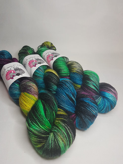 SW Merino Nylon Stellina yarn, 4-ply, Sock weight, 100g, FAIRY LIGHTS