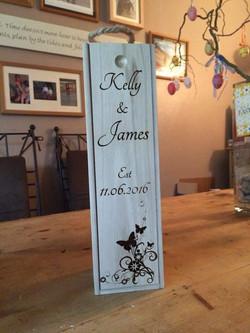 Customised wooden wine case