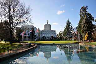 Oregon_State_Capitol_André_Orso_65019756