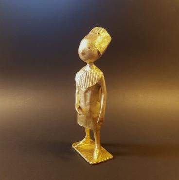 Laurence Lehel personnage pharaon papier sculpture