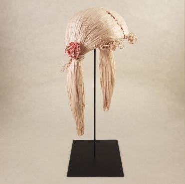 Laurence Lehel sculpture papier postiche couettes