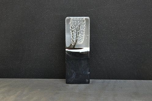 Petit Monolithe noir 2