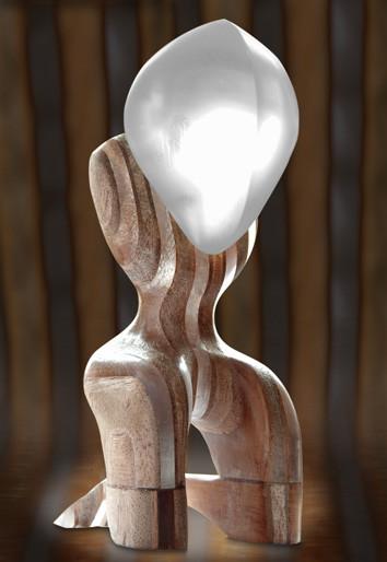 Sculpture art Stéphane Szendy. Mélange de bois, verre, plexiglas. Humanoïde