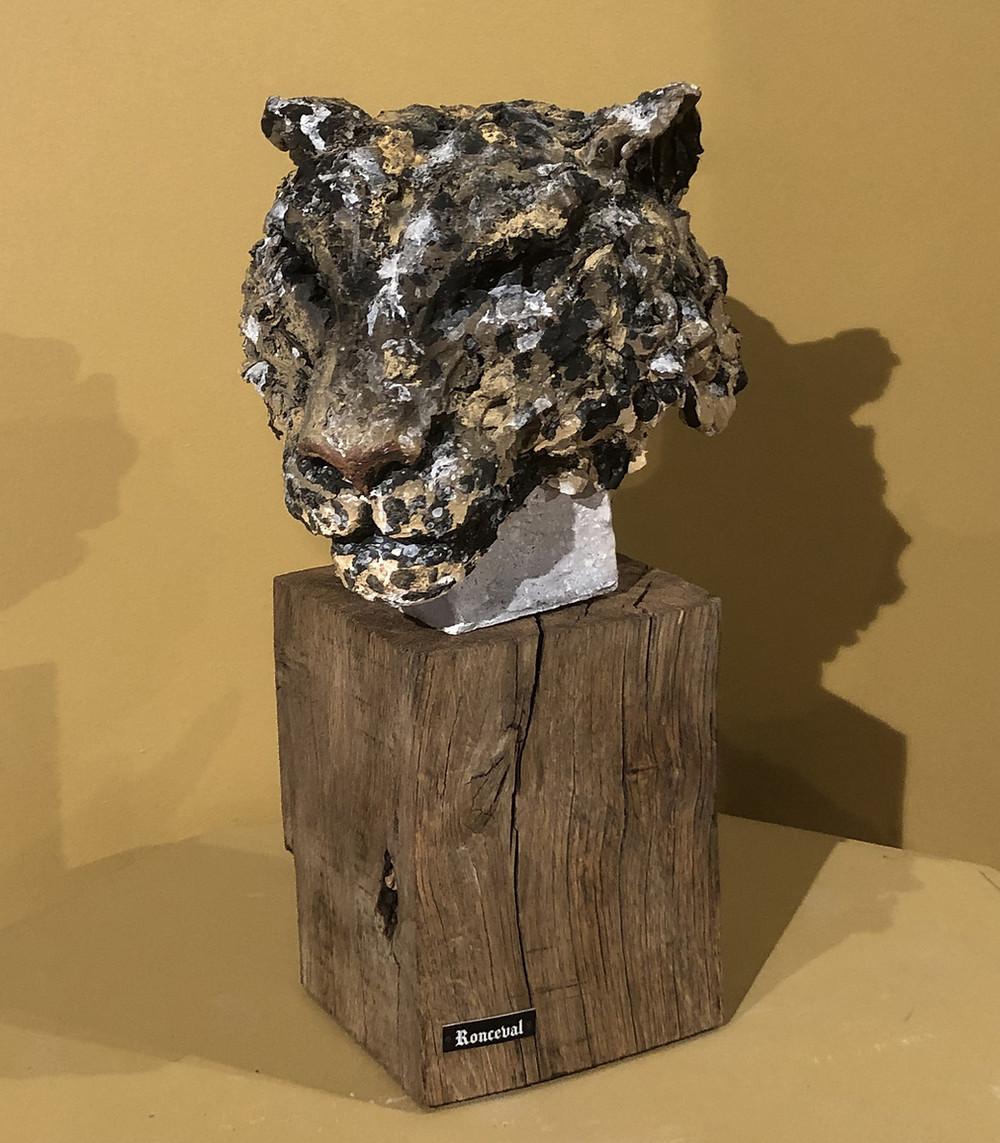 Sculpture de panthère en céramique par Ronceval.
