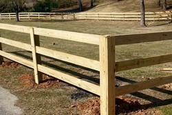 Wood Board Fence - Backyard Borders