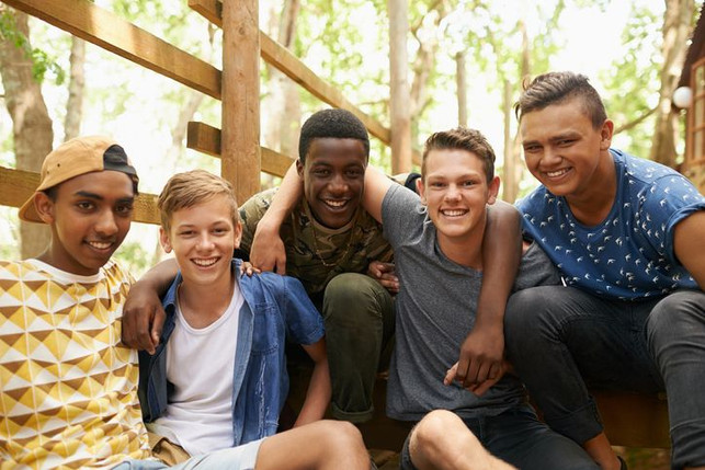 gift-ideas-for-teenage-boys-group-of-fri