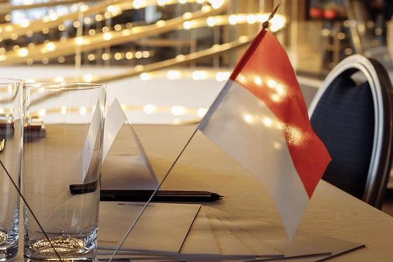La Classe Monaco flag.jpg