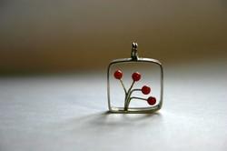 ecko pendentif fleur