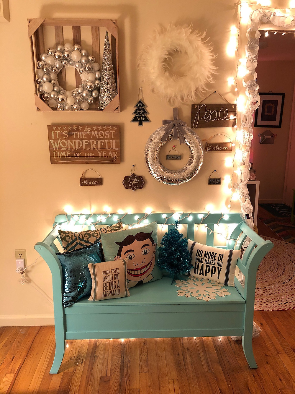 Alycia Yerves home Christmas decor 2017 decorated bench and wall