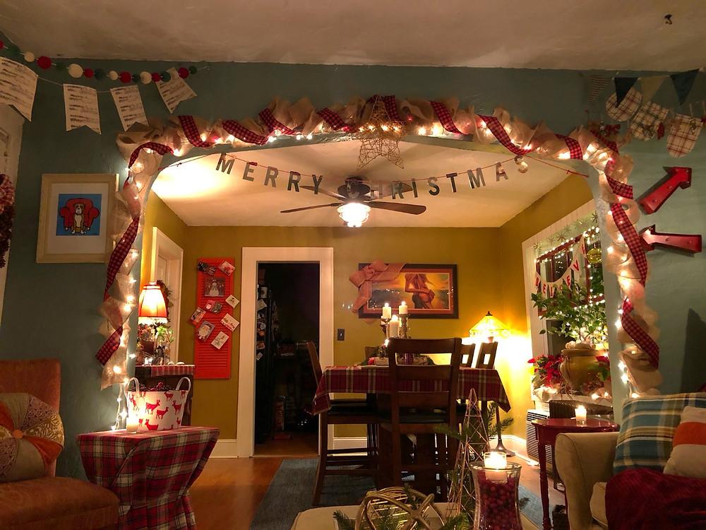 Alycia Yerves home Christmas decor 2017 dining entry way