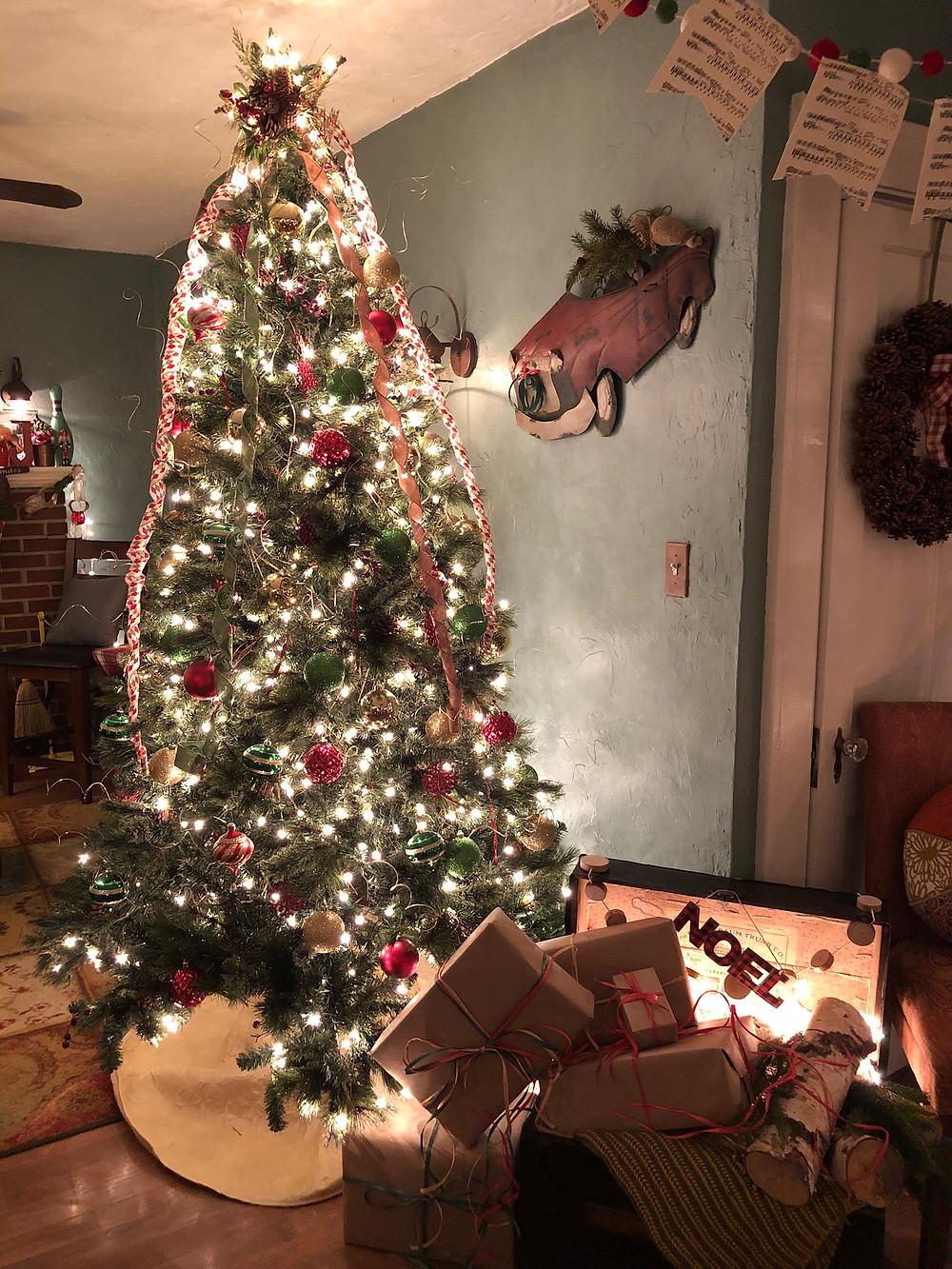 Alycia Yerves home Christmas decor 2017 Christmas tree