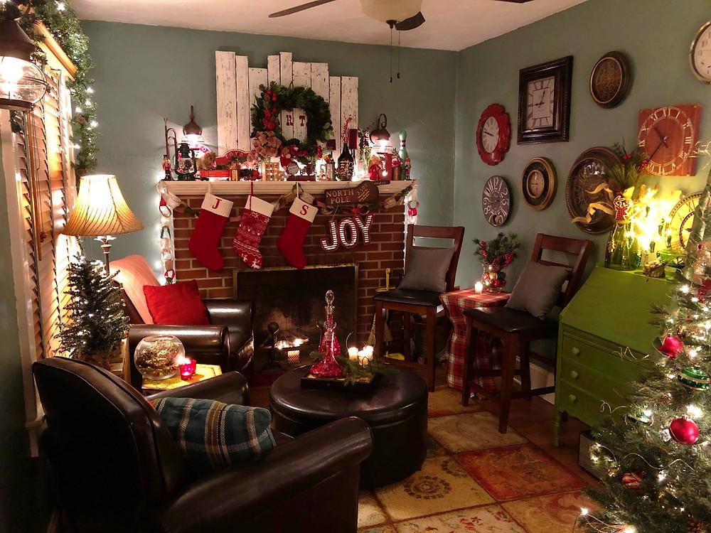 Alycia Yerves home Christmas decor 2017 fireplace area