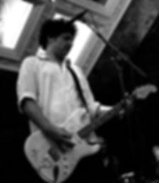 David Wilchcombe GuitarSinger 2.jpg