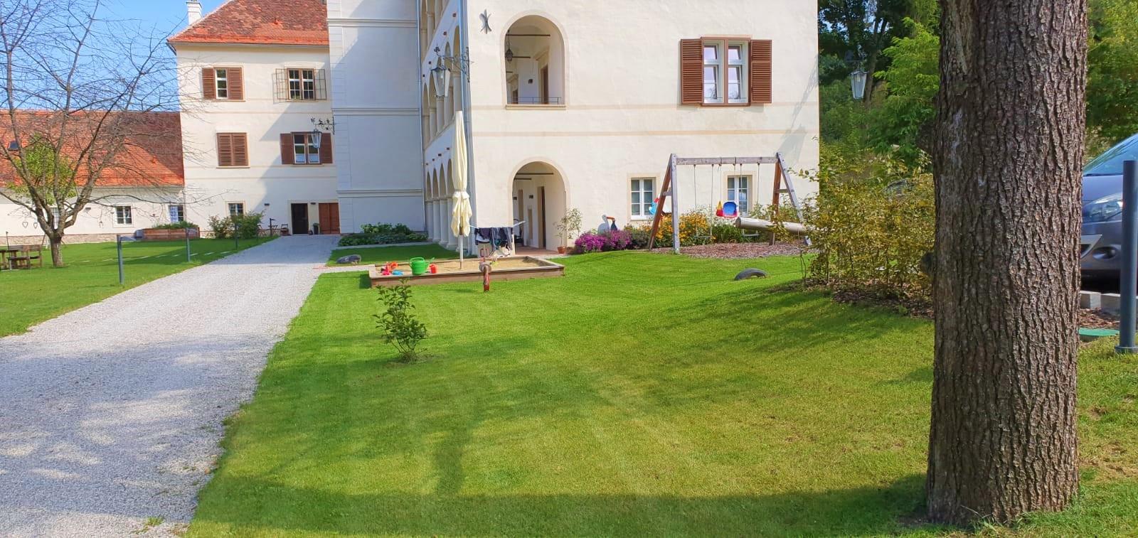 Website_Grünanlagenpflege.jpg