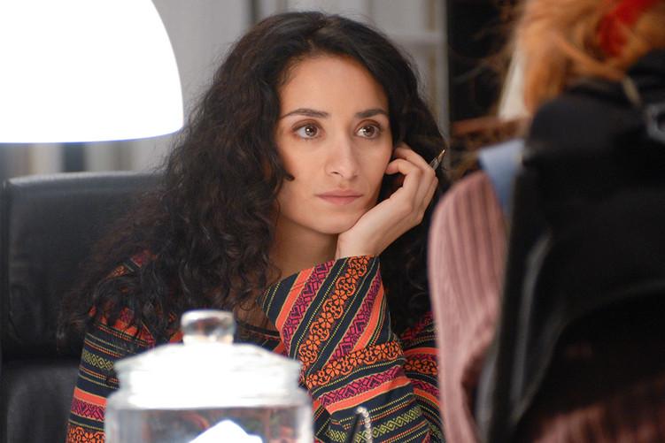Rachida Brakni dans le film LES BUREAUX DE DIEU