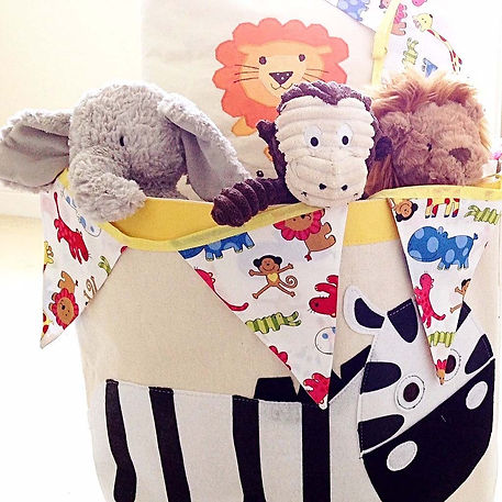 Bring the zoo to the nursery with our funky Jungle Jamboree bunting...