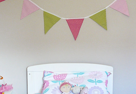 Our Lime Pink Fizz bunting is a fabulous mix of greens and pinks....