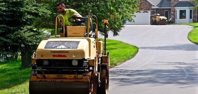 Superior Asphalt, Inc. Driveway Paving