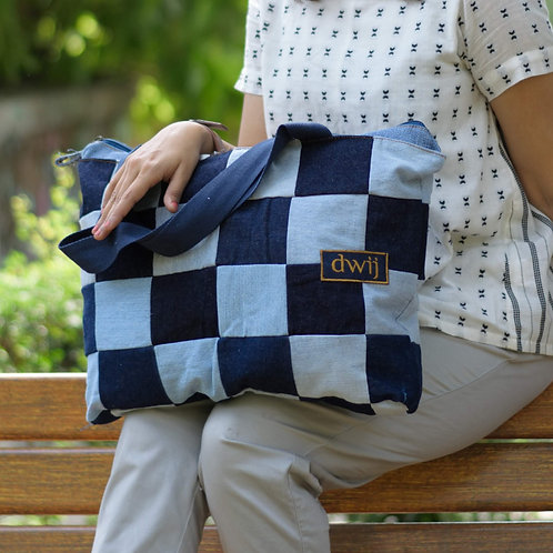 Classic Chequered Tote