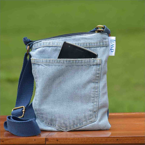 Dwij, Upcycled, India, textile Recycling, jeans, denim, Slings, sustainable fashion, fair-trade, fashion revolution, handmade