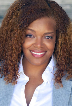 Sheena D. House business headshot