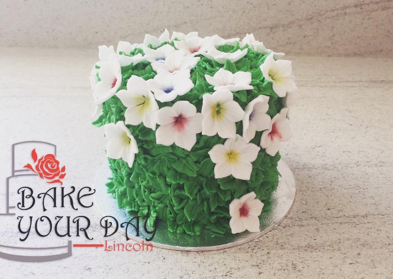 Garden Blossom Smash Cake