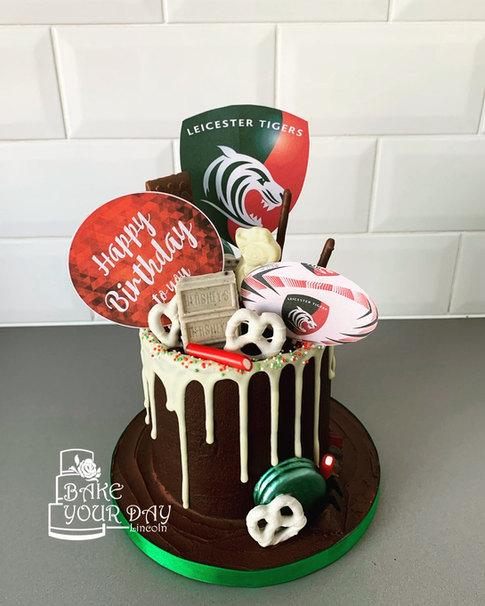 Leicester Tigers Fan Drip Cake.jpeg