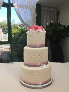 Lace and Quilts Wedding Cake