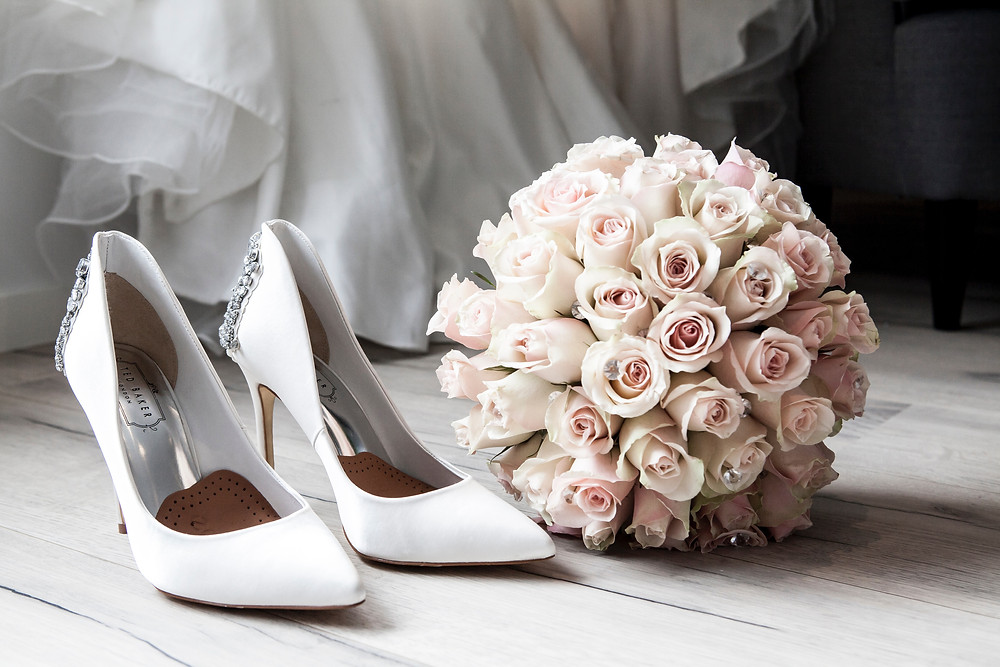 trouwschoenen trouwboeket