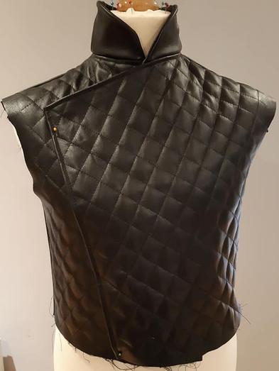 jacket no sleeve.png