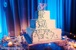 minimal wedding cake indian wedding