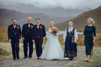 Fotografering av brudepar i Hydalen.jpg