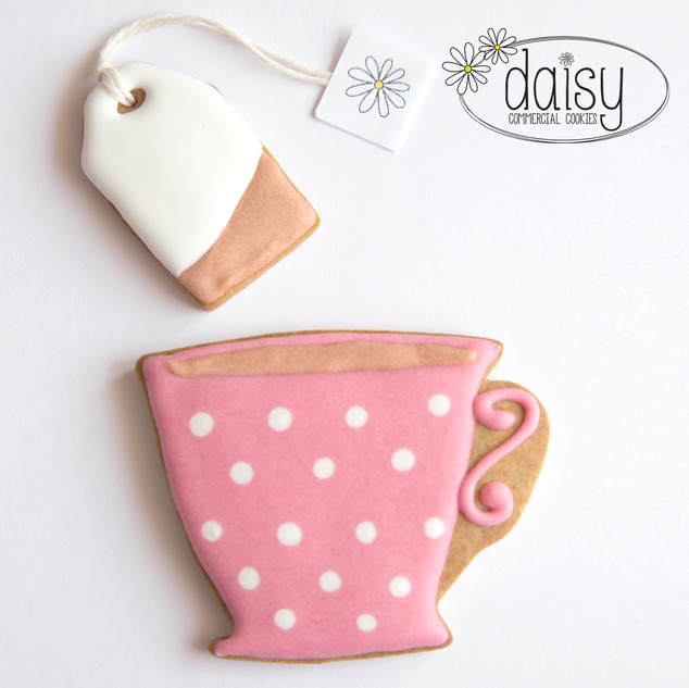 Daisy_Corporate_Cookie_Teacup.jpg